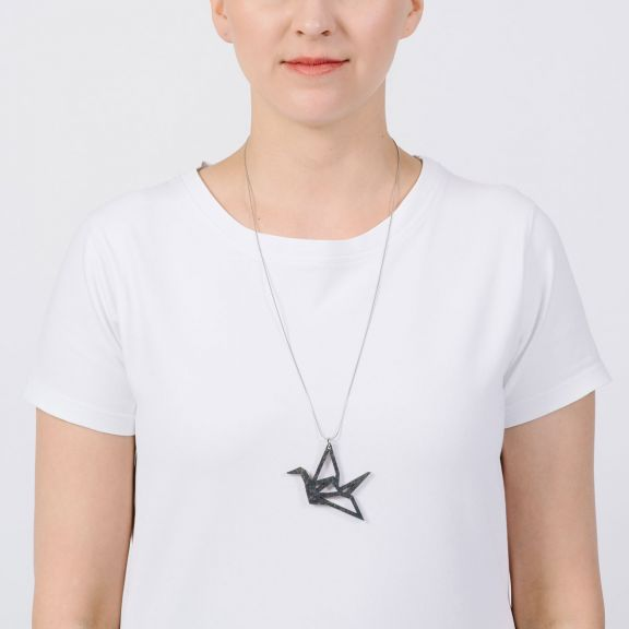 ORIGAMI Swan -kaulakoru, musta puu